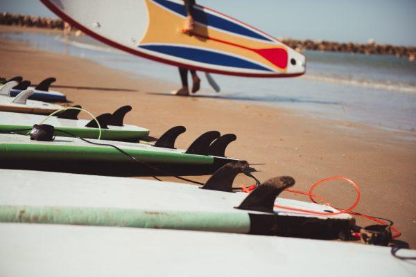 Tablas de surf blandas o softboards, de alquiler.