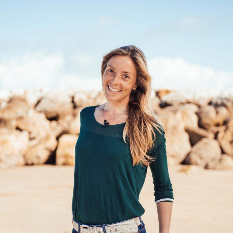 Laura de Hopupu Surf Cádiz.